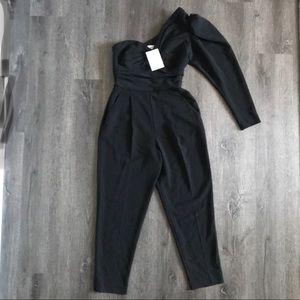 (NWT) ALC Intermix one shoulder Black Jumpsuit (4)